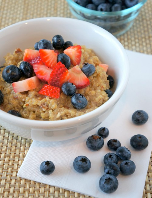 Quinoa Breakfast Cereal with Fruit